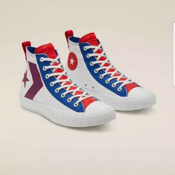 Converse UNT1TL3D Hi Top White/Blue-Red Size 10